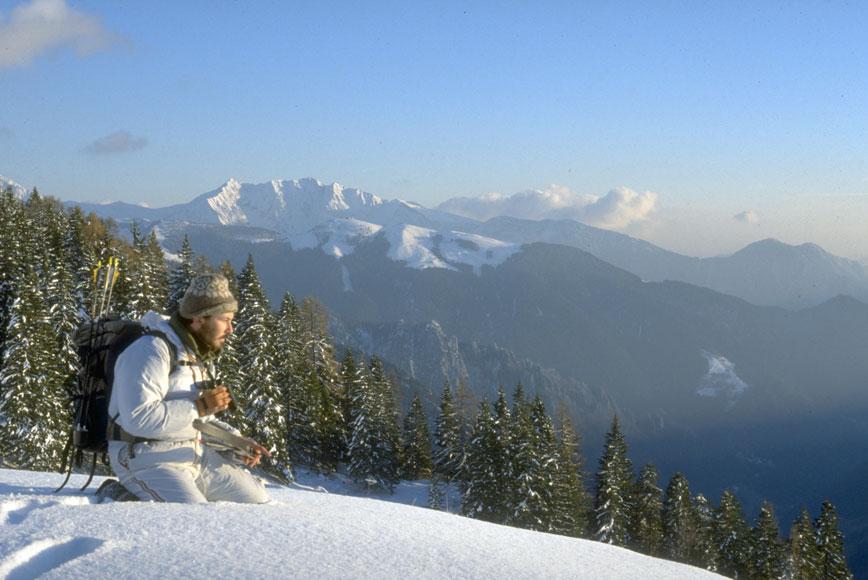Filippo Donadoni a caccia sui monti di Bergamo