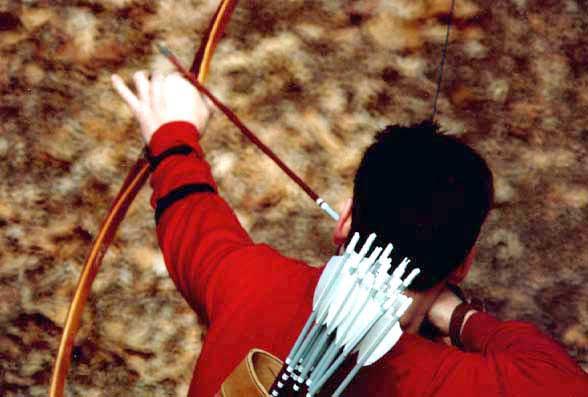 Filippo Donadoni shooting Longbow